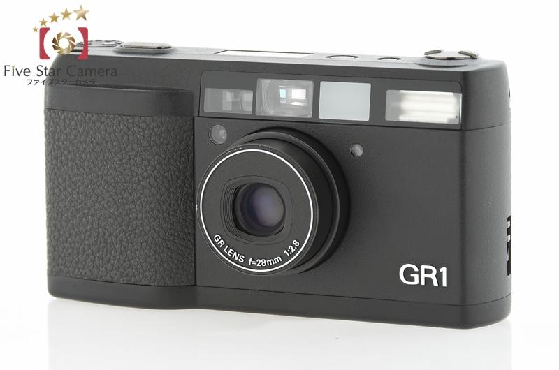 2.1996年にリコーから発売されたコンパクトカメラ『GR1』。